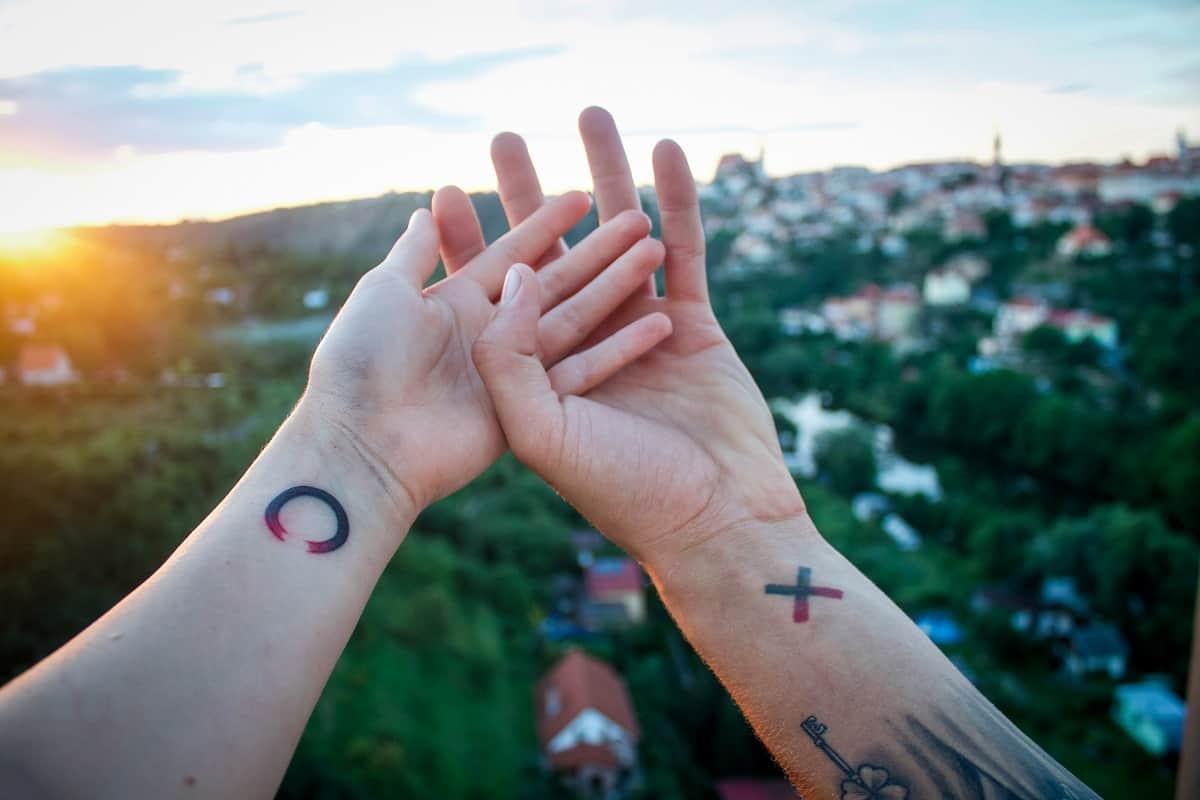 Männer arm motive für tattoo Die besten