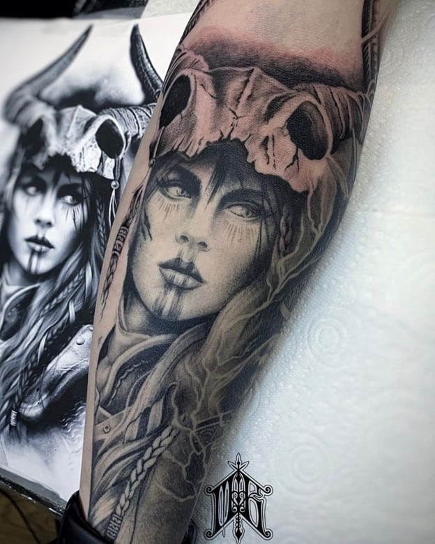 Viking Shieldmaiden Sleeve
